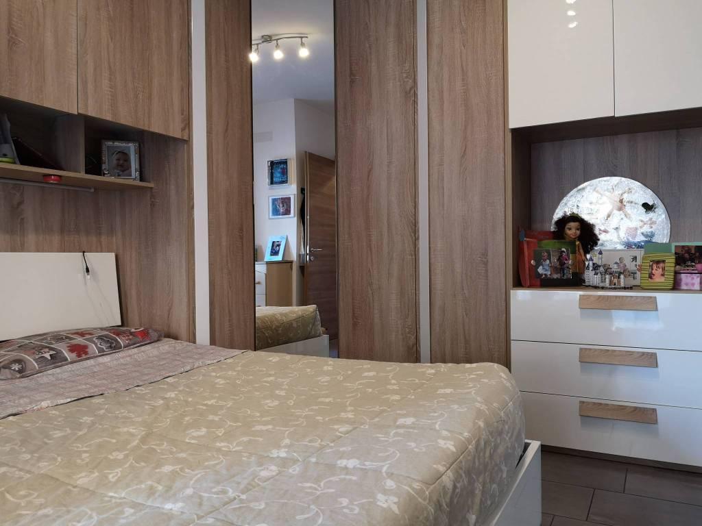foto Camera 1 3-room flat via Nelson Mandela 27, Leinì