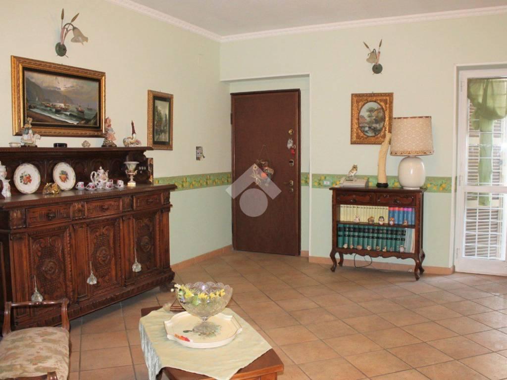 foto INGRESSO 4-room flat via Tuscolana, Frascati