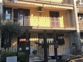 Φωτογραφία - Οικιστικό συγκρότημα via Arco Sant'Antonio, Giugliano in Campania