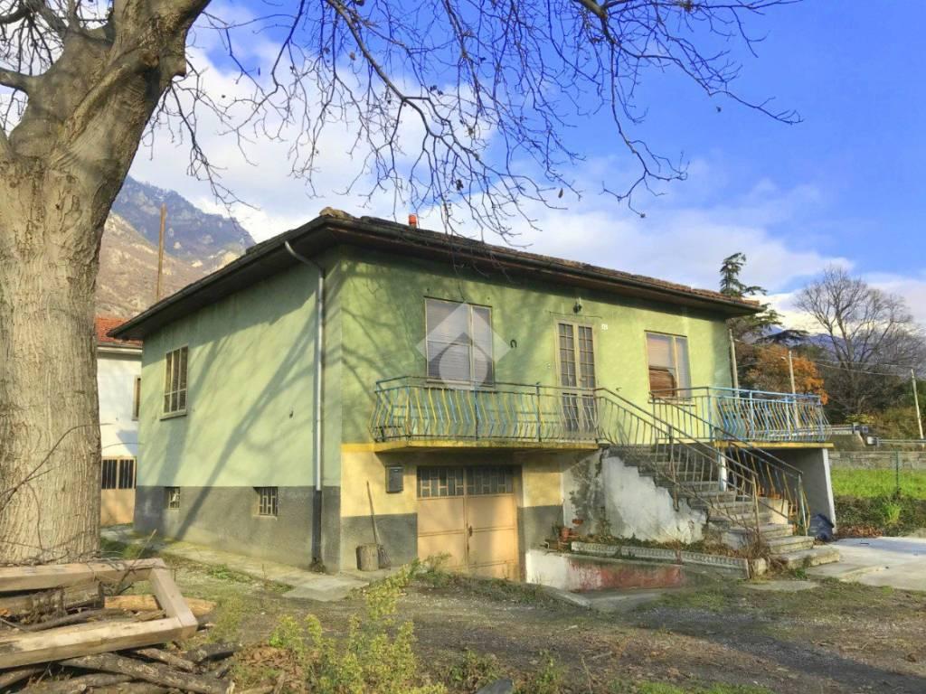 foto  Single-family townhouse Strada Susa, Bussoleno