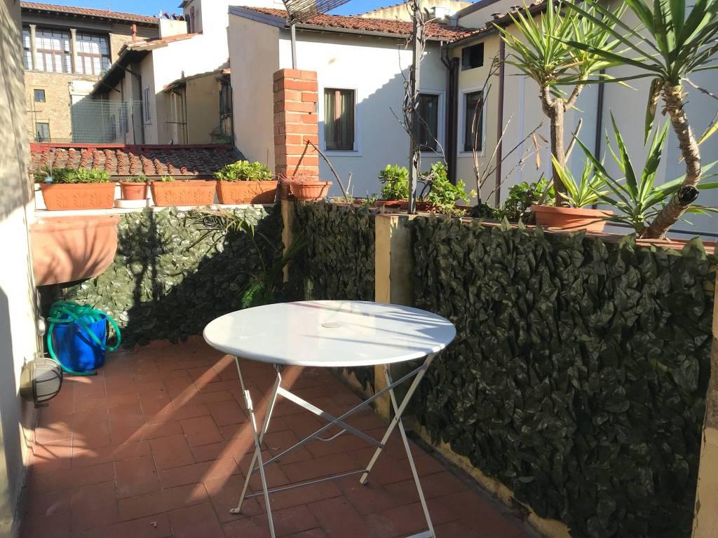 foto terrazza Attico via dei Tornabuoni, Firenze