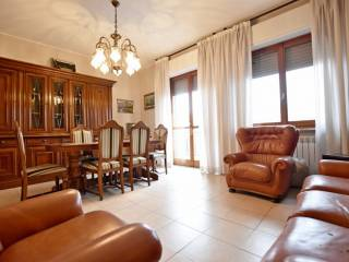 Photo - 3-room flat via galleria de amicis, Paullo