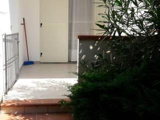Foto - Trilocale ottimo stato, piano terra, Steccato Di Cutro, Cutro