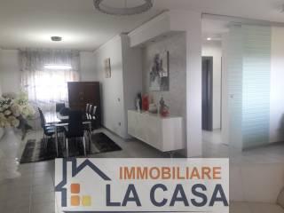 Photo - 4-room flat corso Italia, Frignano