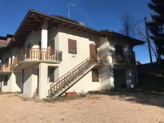 Photo - Multi-family townhouse 225 sq.m., excellent condition, Roana