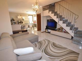 Photo - 4-room flat via Suor Anna Lucia Locatelli, Villa d'Adda