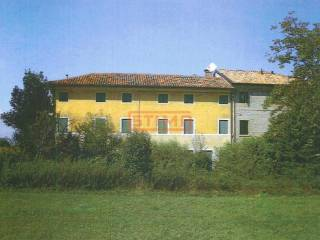 Photo - Country house, to be refurbished, 250 sq.m., Duomo, Treviso