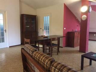 Photo - 3-room flat via Franco centro, Alba