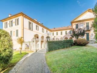 Foto - Appartamento via Montenero 36, Cantù