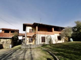 Foto - Villa bifamiliare frazione Lora 15, Piatto