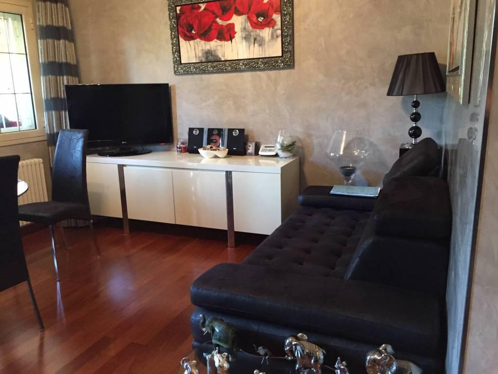 foto salone 2-room flat via dell'Acqua Acetosa Anagnina 1, Frascati
