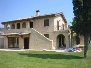 Photo - Country house, new, 370 sq.m., Tortoreto