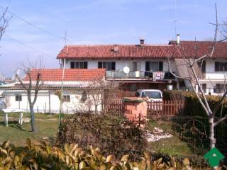 Photo - Multi-family townhouse 160 sq.m., good condition, Scalenghe