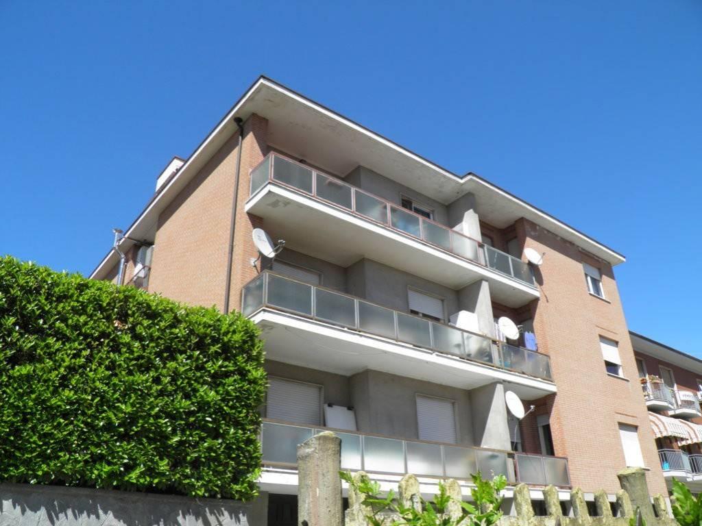 foto Facciata Sud 2-room flat via Giuseppe Verdi 8, Santa Vittoria d'Alba