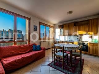 Photo - 2-room flat via Guido Guinizzelli, Scanzorosciate