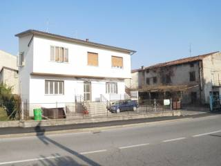 Photo - Multi-family townhouse via Gardesana 44, Bussolengo