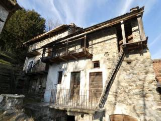 Photo - Country house via Cinque Case, Gera Lario