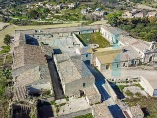 Φωτογραφία - Ιστορικό σπίτι tre piani, Χρήζει ανακαίνισης, Conservatore - San Giacomo, Ragusa