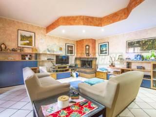 Photo - Single family villa via Armando Diaz, Limido Comasco