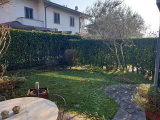 Photo - Terraced house via Lazio, Lainate