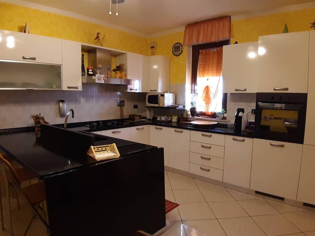 foto  Appartamento via Vittorio Alfieri 51-3, Piossasco