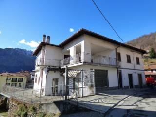 Photo - Single family villa Strada Provinciale per Garzeno, Dongo