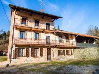 Photo - Single-family townhouse via Cascina Musica, Comignago