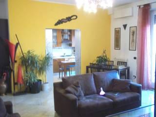Photo - 3-room flat via Ughelli 2, Rho