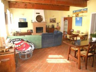 Photo - Country house, excellent condition, 320 sq.m., Gonzaga
