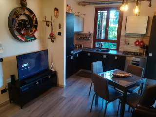 Фотография - Двухкомнатная квартира via Prealpi 13, Mariano Comense