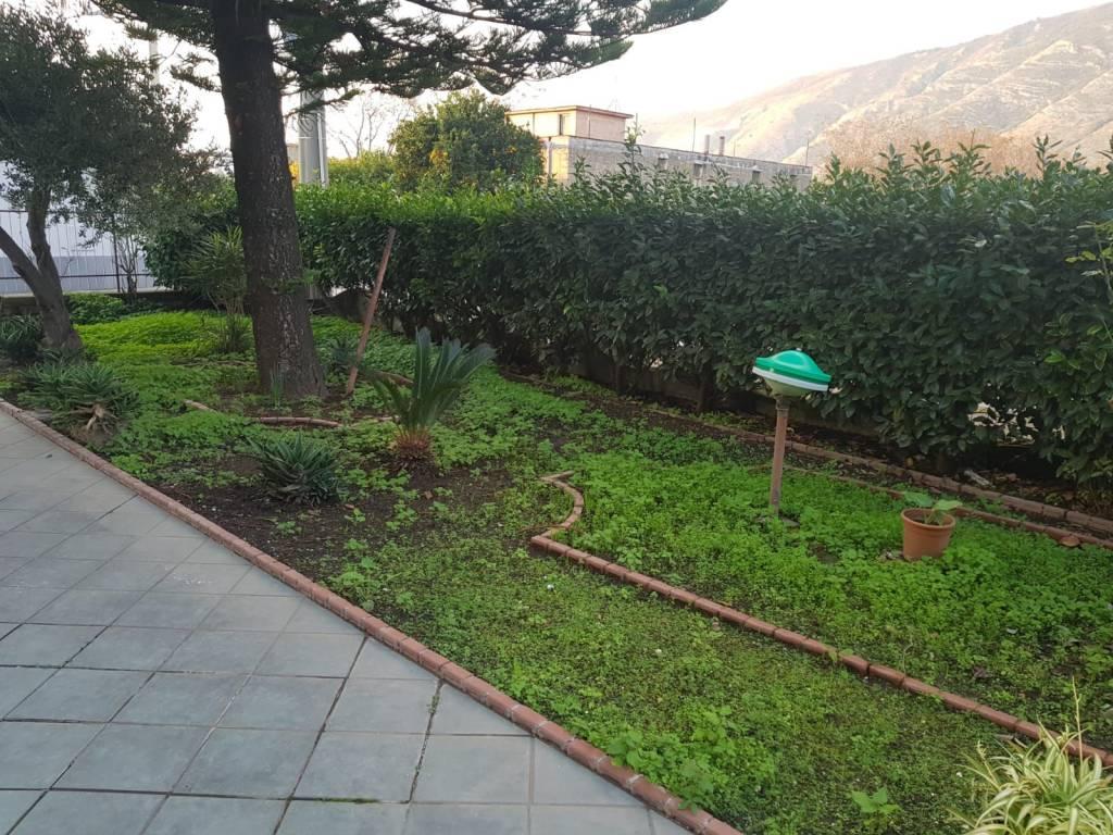 Giardini Da Incubo 2016 vendita appartamento cicciano. trilocale in via tavernanova