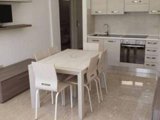 Foto - Apartamento T2 novo, rés-do-chão, Contrada dei Tigli, Via degli Oleandri, Alba Adriatica