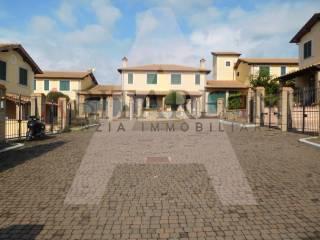 Foto - Terreno edificabile residenziale a Civita Castellana