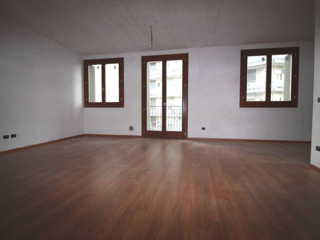 foto  Appartamento via Giuseppe Garibaldi 140, Cinisello Balsamo