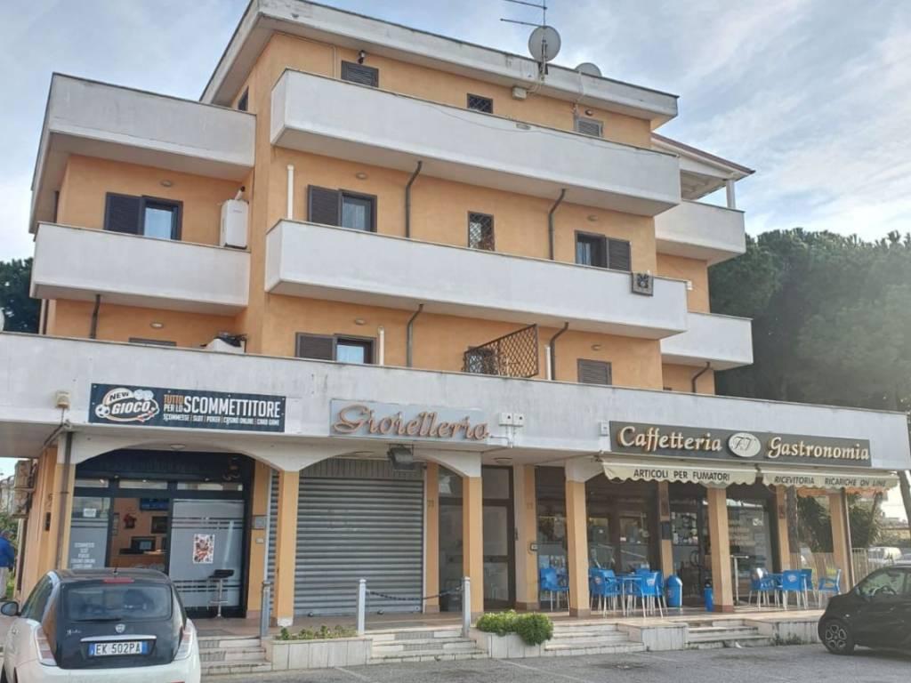 foto  3-room flat via Coni Zugna, Fiumicino