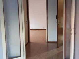 Φωτογραφία - Δυάρι Χρήζει ανακαίνισης, δεύτερος όροφος, San Martino, Novara