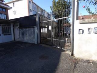Foto - Quadrilocale via Leon Tron 41, Grugliasco
