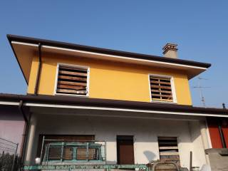 Photo - Terraced house 4 rooms, new, Gazzuolo