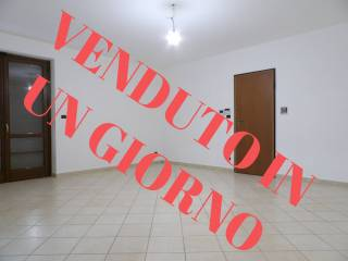 Photo - 4-room flat via Moncenisio 54, Condove