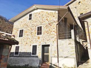 Foto - Rustico, buono stato, 75 mq, Corte Brugnatella