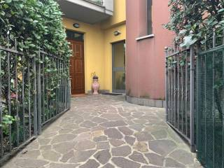 Photo - 4-room flat via Cornaredo, Pregnana Milanese