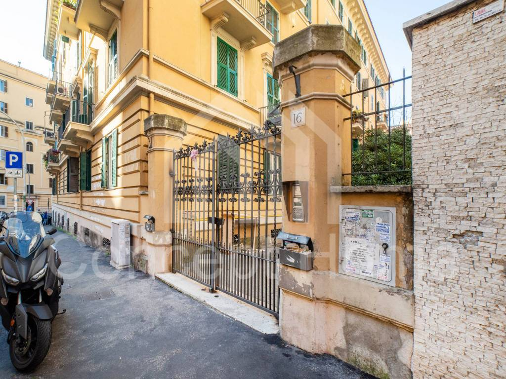 Vendita Appartamento Roma. Trilocale in via Altino 16 ...