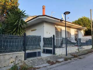 Foto - Villa unifamiliare via Giacomo Leopardi, Succivo