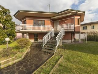 Photo - Single family villa via 4 Novembre 2, Mozzanica