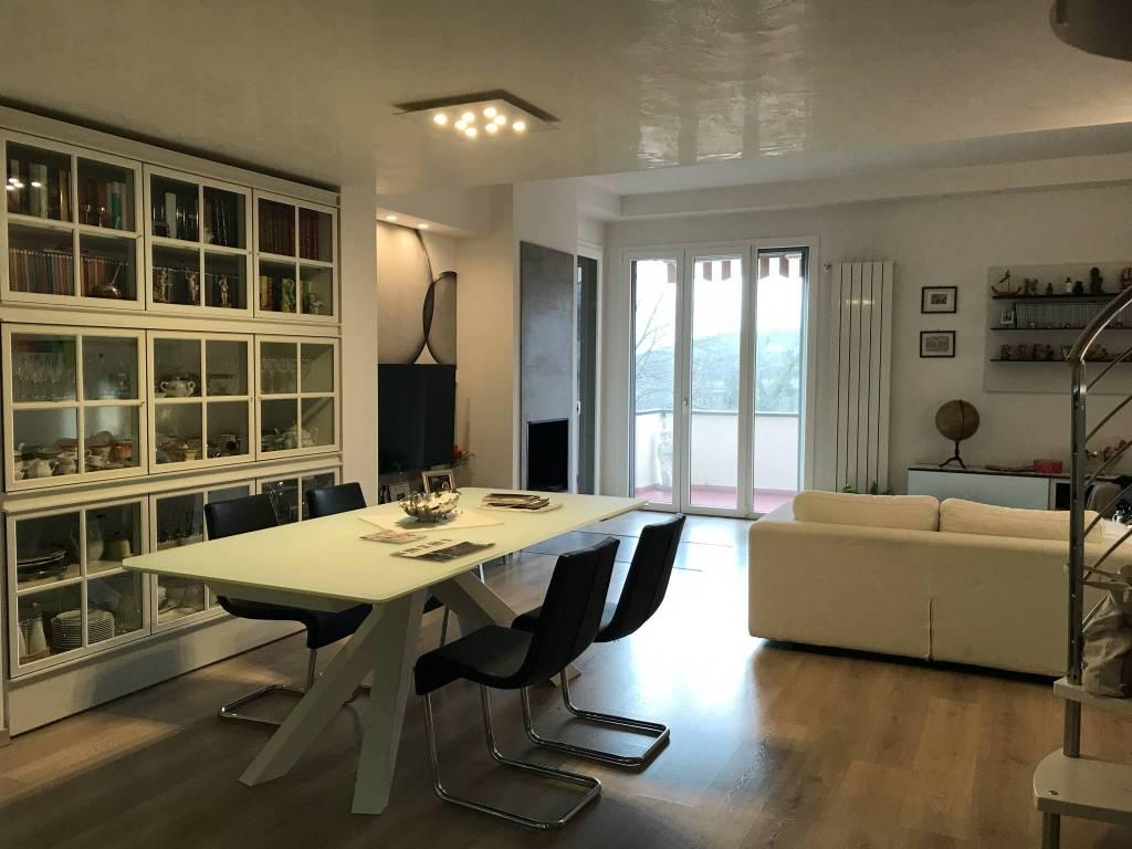 foto salane Appartamento ottimo stato, ultimo piano, Bagno a Ripoli