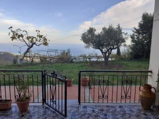 Foto - Villa unifamiliare, buono stato, 350 mq, Gasperina