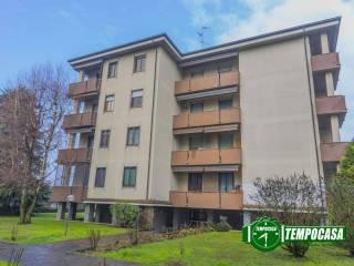 Photo - 2-room flat via Palmiro Togliatti, Lacchiarella