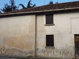 Foto - Villa bifamiliare, da ristrutturare, 157 mq, Vacil, Breda di Piave