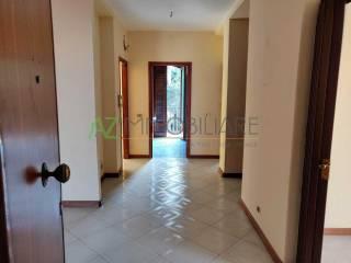 Foto - Quadrilocale buono stato, secondo piano, Aci Sant'Antonio