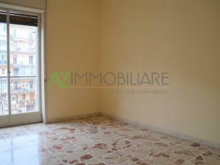 Foto - Trilocale buono stato, quinto piano, San Cosmo, Corso Italia, Piazza Dante, Acireale
